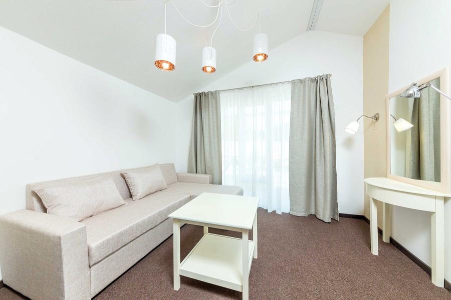 Джуниор Сюит с раскладным диваном отеля Дача Del Sol