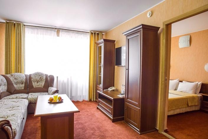 Сюит двухместный двухкомнатный отеля Де ла Мапа