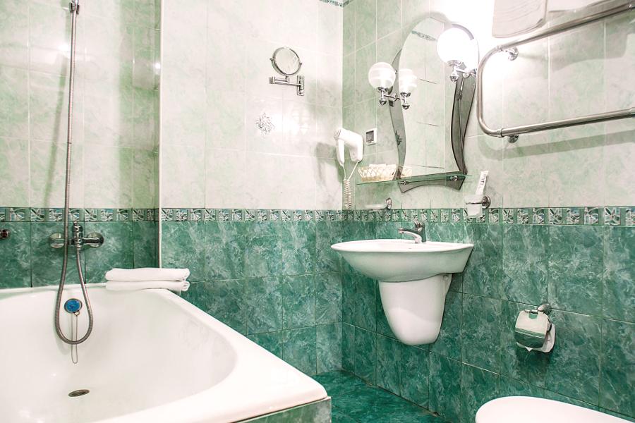 Туалетная комната номера Сюит отеля Де ла Мапа