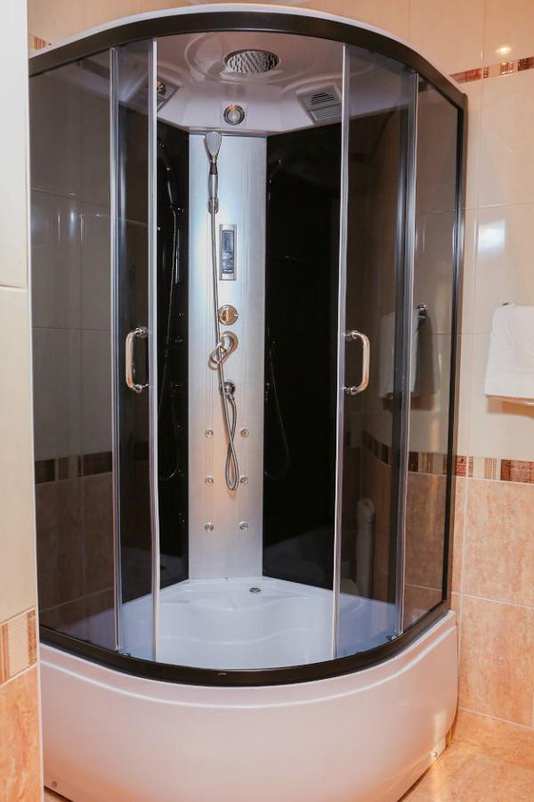 Туалетная комната в Малом Коттедже отеля Дельфин, Пицунда, Абхазия