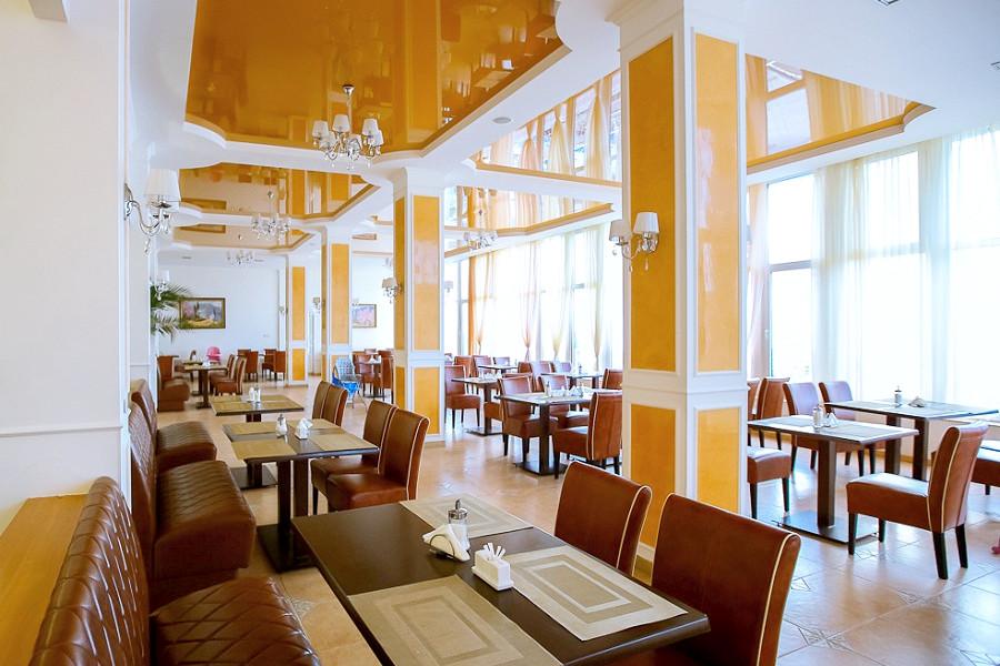 Ресторан парк-отеля Демерджи