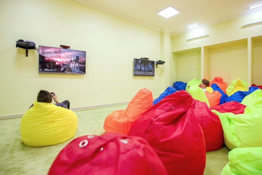 Детский клуб парк-отеля Демерджи