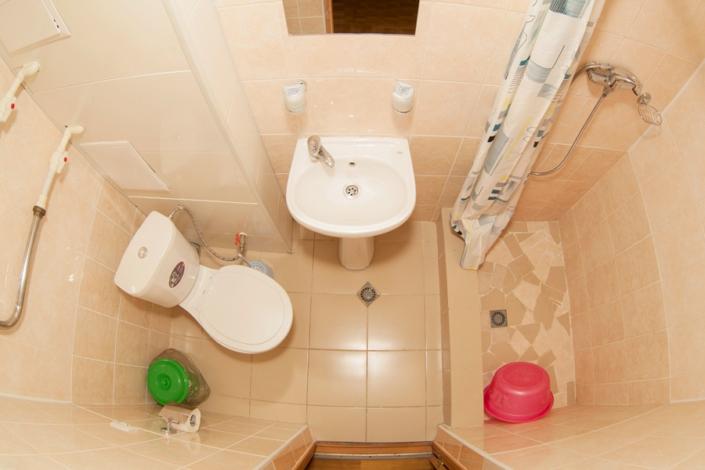 Туалетная комната Стандартного номера в санатории ДиЛУЧ