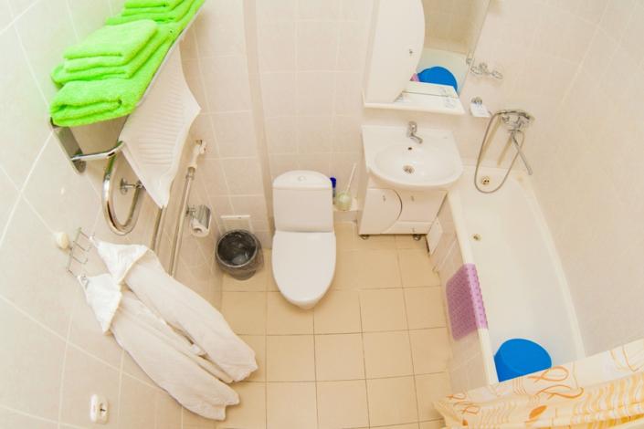 Туалетная комната Стандартного двухкомнатного номера в санатории ДиЛУЧ