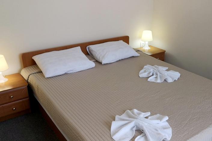 Стандарт Семейный трехместный двухкомнатный отеля Дивный