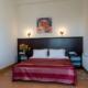 Комфорт Улучшенный двухместный с двуспальной кроватью отеля Донна Роза