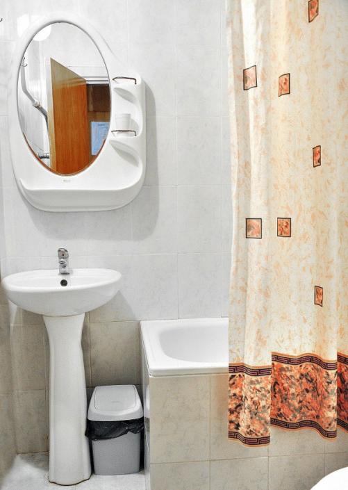 Туалетная комната Стандартного номера в Корпусе № 5, 6 санатория Дружба