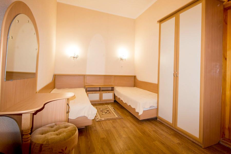 Спальня в коттедже № 2 санатория Дружба