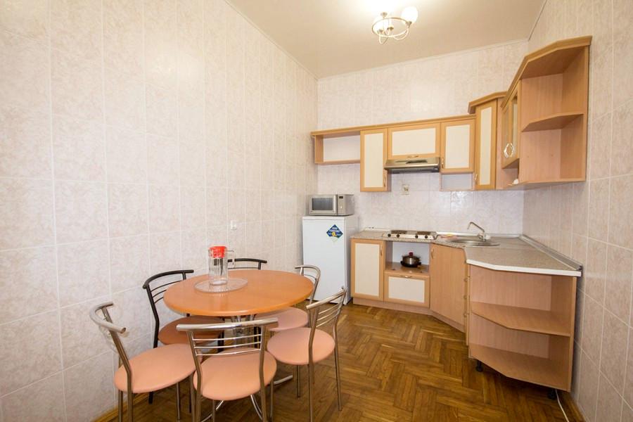 Кухня в коттедже № 2 санатория Дружба