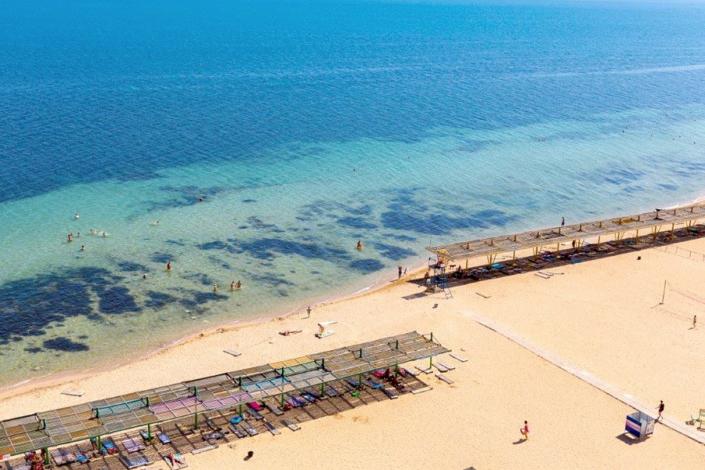 Пляж санатория Дружба