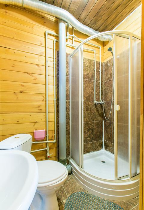 Туалетная комната в номере Duglas Hotel