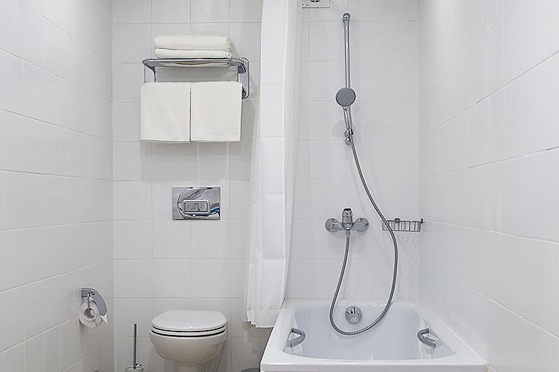 Туалетная комната номера Люкс пансионата Джемете