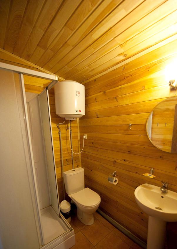 Туалетная комната в Эко-Вилле курортного комплекса Эко-Village