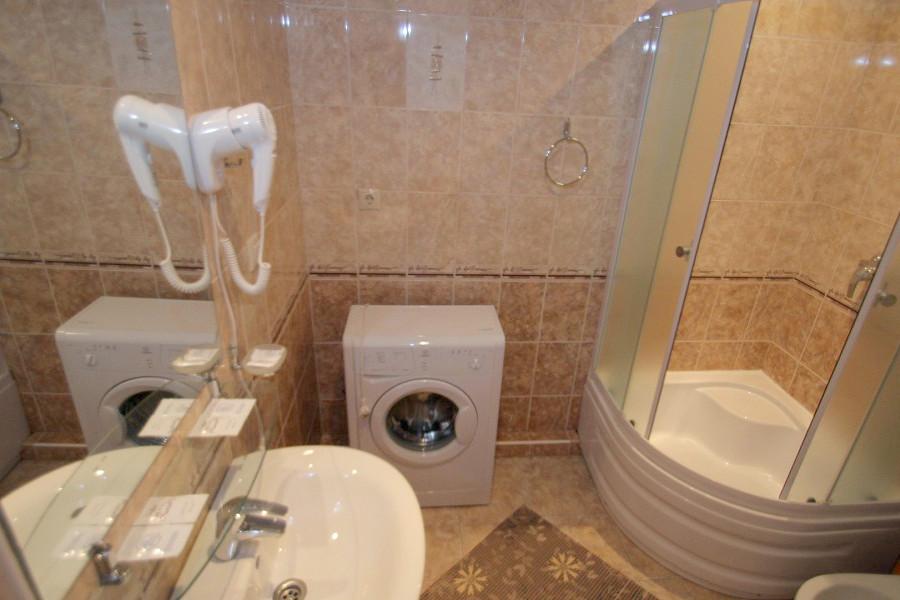 Туалетная комната номера Люкс Студия 3* отеля Экодом Адлер