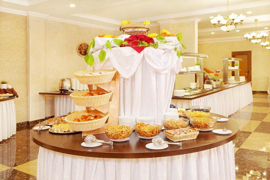 Ресторан отеля Эмеральд