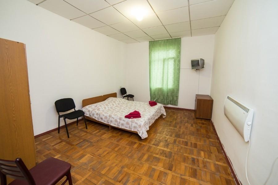 Полулюкс двухместный двухкомнатный пансионата Эвкалиптовая роща, Кындыг, Абхазия