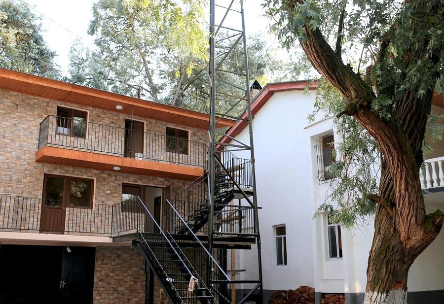 Новый корпус пансионата Эвкалиптовая роща, Абхазия, Кындыг