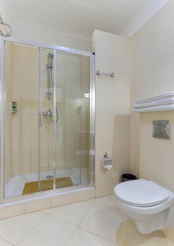 Туалетная комната номера Студия в отеле Евпатерион