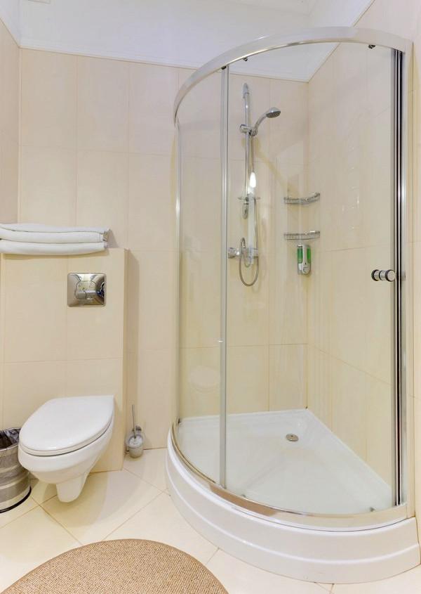 Туалетная комната номера Студия двухкомнатная в отеле Евпатерион