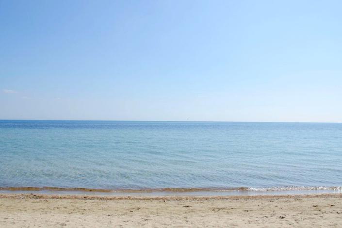 Пляж поселка Заозерное, Евпатория, Крым