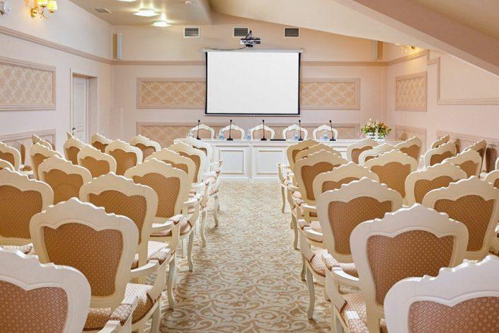 Конференц-зал Большой отеля Довиль