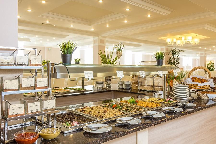 Ресторан Normandie отеля Довиль