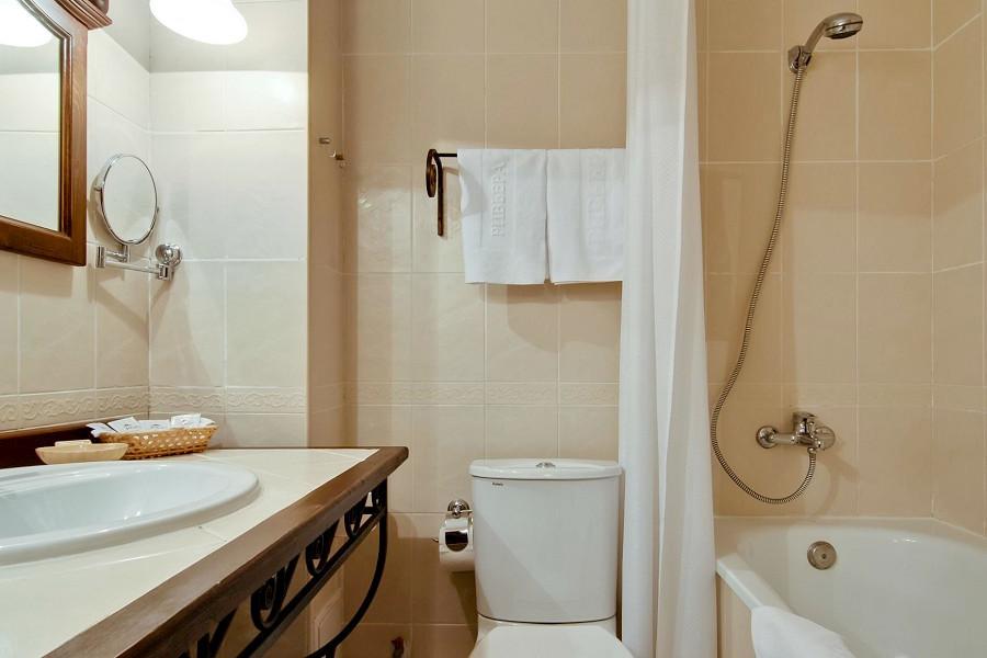 Туалетная комната номера Супериор Студия отеля Ривьера