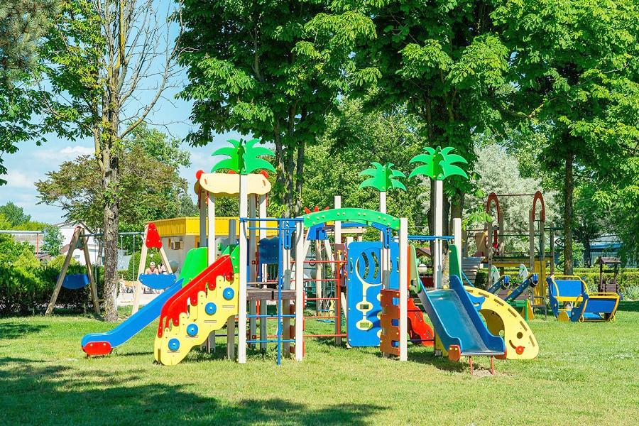 Детская площадка отеля Ривьера