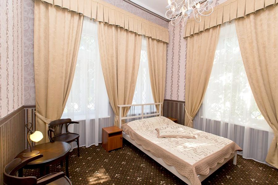 Спальня художника двухместная дома отдыха Федор Шаляпин