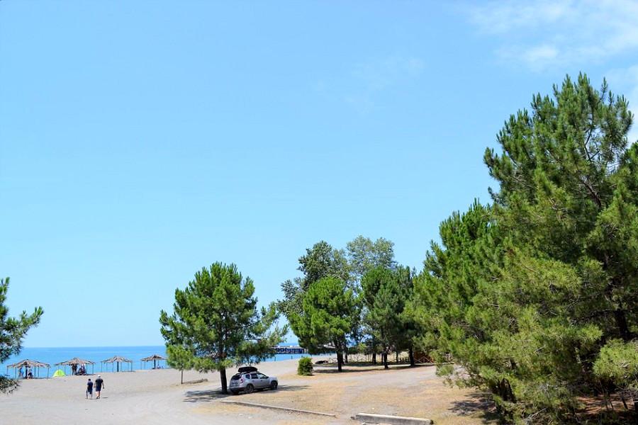 Пляж у мини-отеля Forest Club