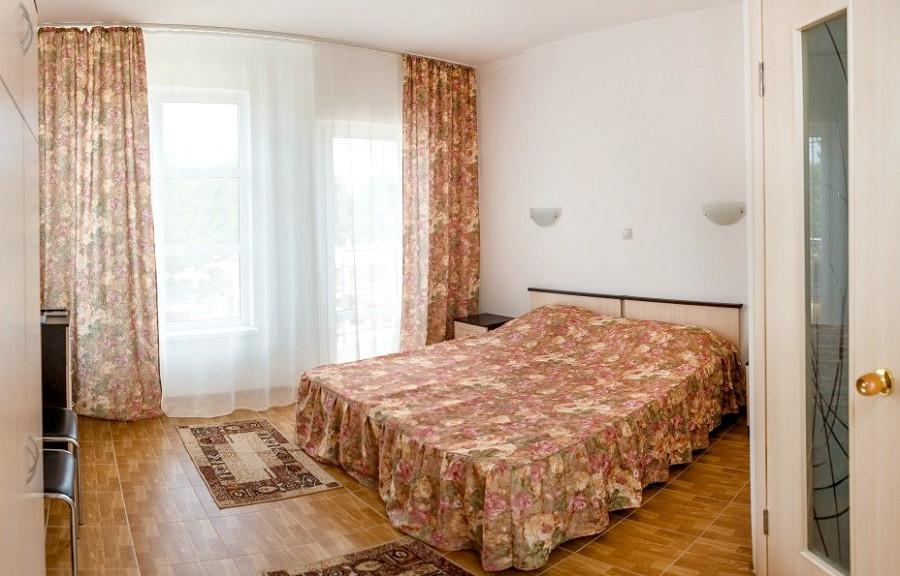 Стандарт двухместный с балконом отеля Фотини
