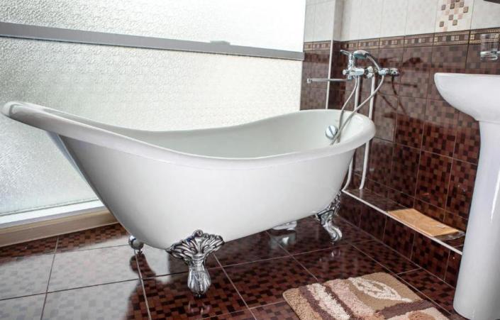 Туалетная комната номера Люкс отеля Фотини