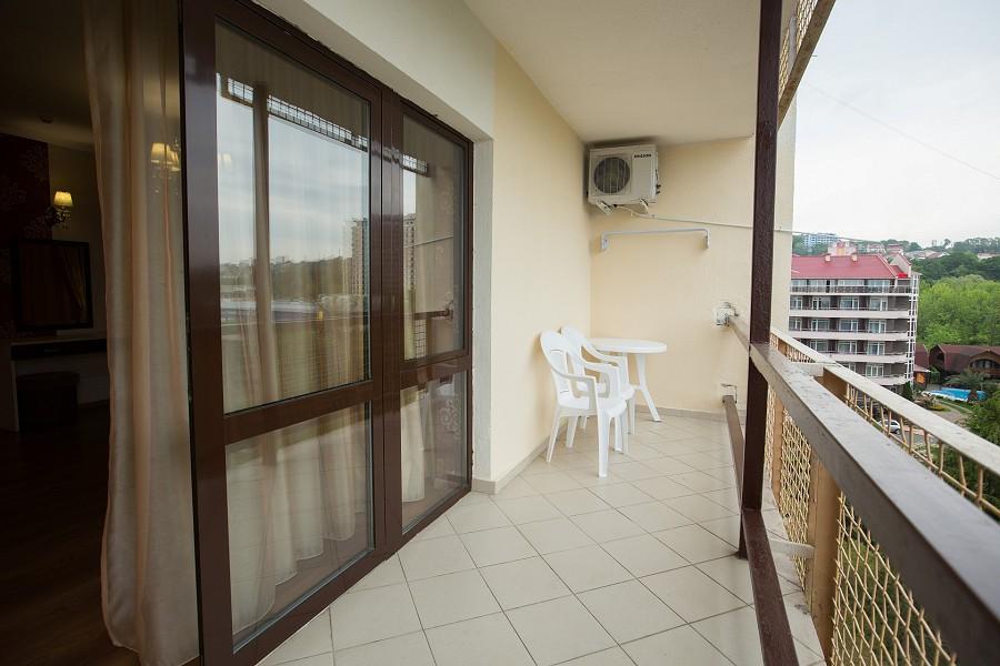 Балкон номера Студия VIP пансионата Фрегат