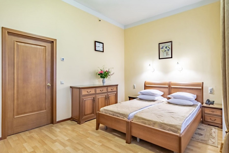 Двухместный номер с раздельными кроватями санатория им. Фрунзе