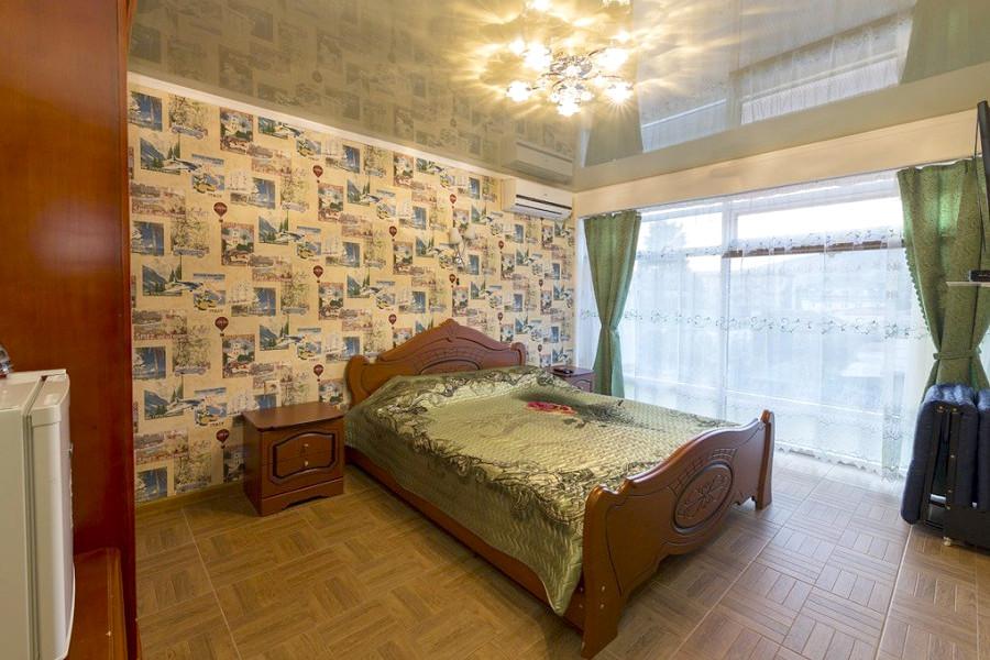 Полулюкс двухместный гостевого дома Гагра-Лазурная