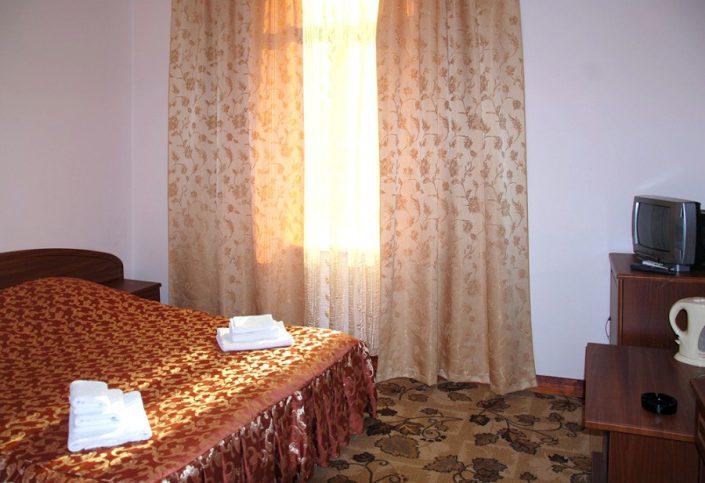 Стандартный двухместный номер пансионата Гагрипш, Гагра, Абхазия