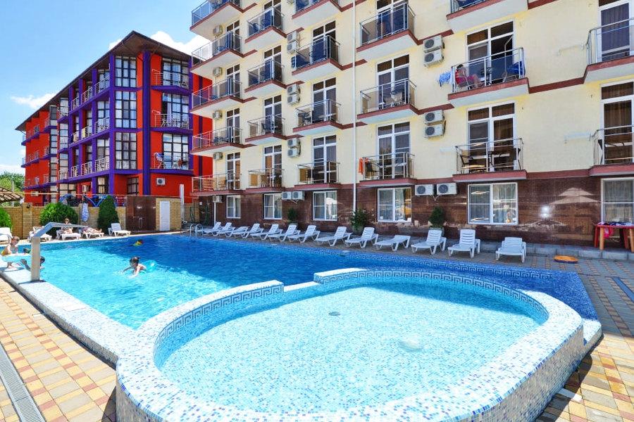 Бассейн отеля Gala Palmira