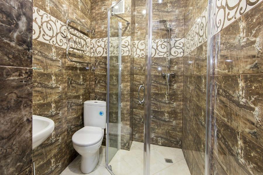 Туалетная комната номера Комфорт в отеле Гега, Гагра, Абхазия