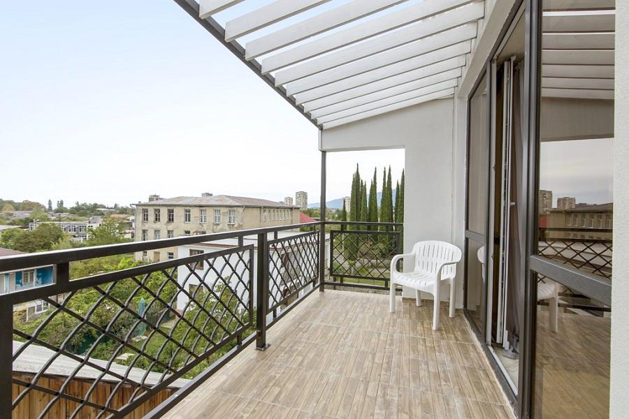 Балкон номера Люкс в отеле Гега, Гагра, Абхазия