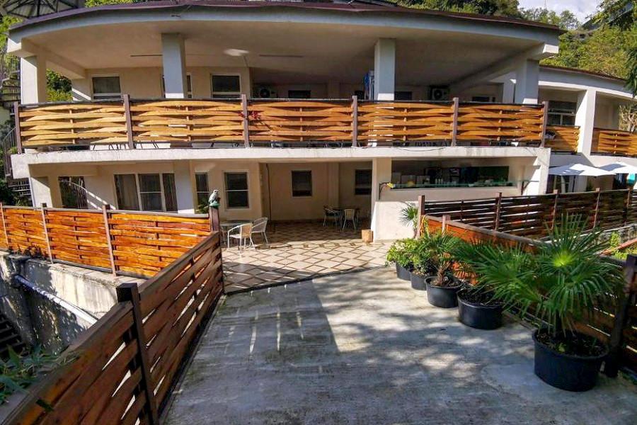 Мини-гостиница Гнездо белой совы, Гагра, Абхазия