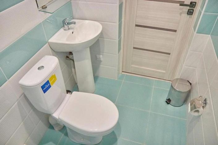 Туалетная комната номера Комфорт мини-гостиницы Гнездо белой совы