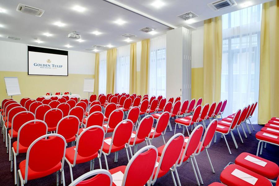 Зал Eindhoven в Golden Tulip Rosa Khutor, Красная Поляна, Сочи