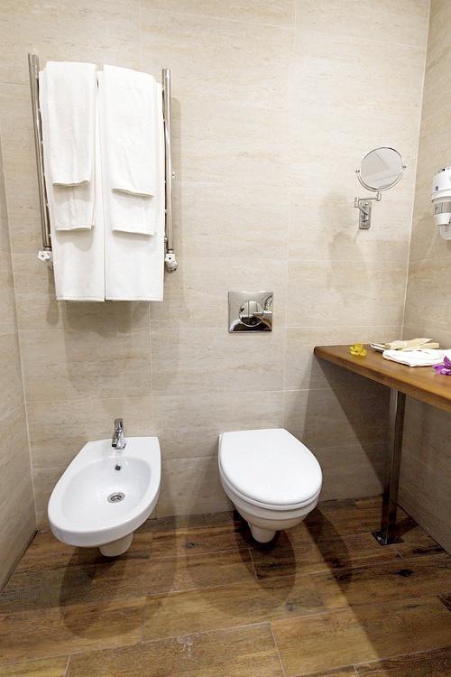 Туалетная комната номера Джуниор Сюит отеля Голубая лагуна