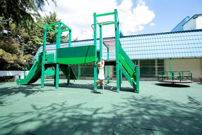 Детский городок на территории санатория Голубая волна