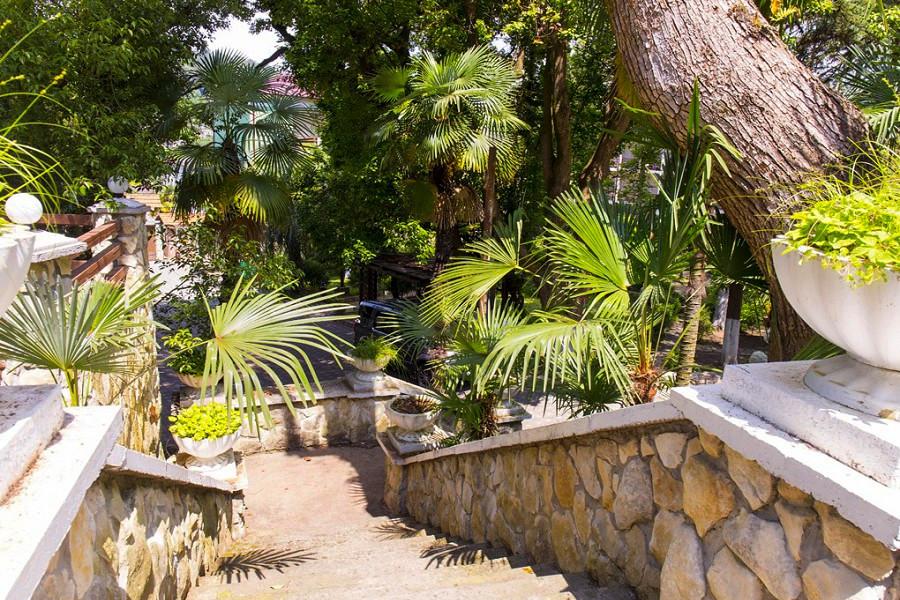 Территория отеля Гора царя Баграта