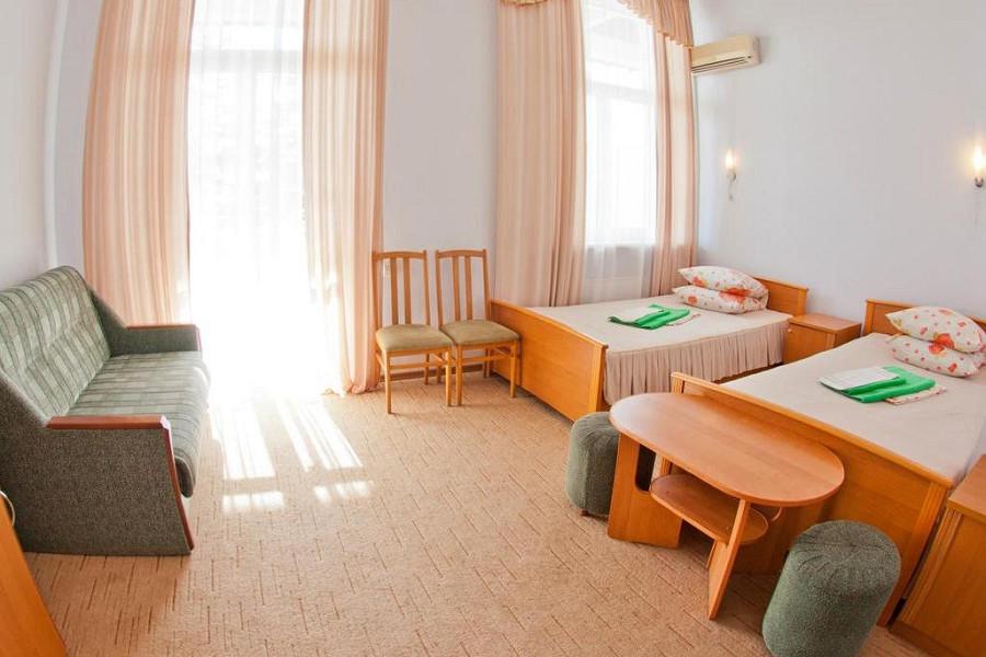 Стандарт двухместный, юг, Корпус № 1 санатория Горный