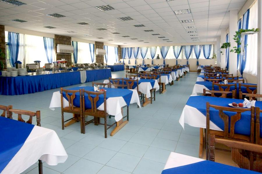 Обеденный зал санатория Горный