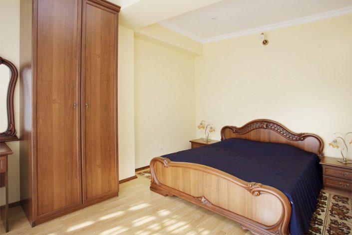 Люкс двухместный двухкомнатный с джакузи ЛОК Горный воздух, Сочи, Лоо