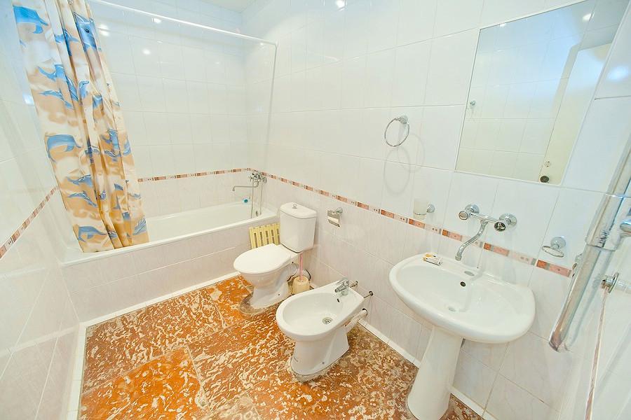 Туалетная комната Стандартного номера пансионата Госдача Лдзаа