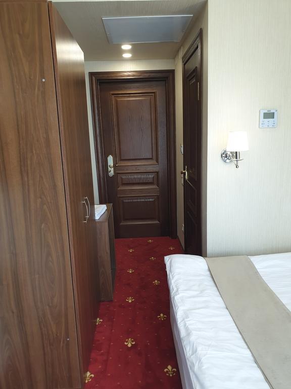 Эконом двухместный гранд-отеля Абхазия
